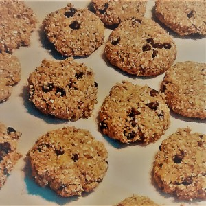 Photo of eggs, dairy and gluten free pumpkin-oats chocolate chips cookies.
